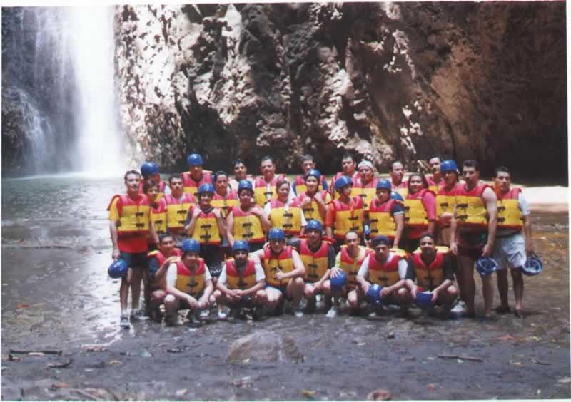 Staff Del Campamento En Tlapacoyan